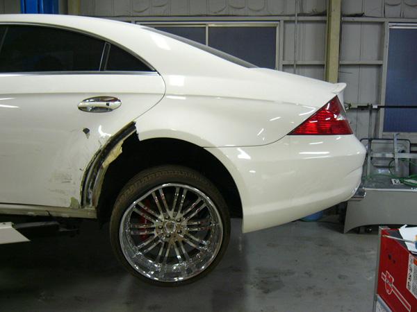 車のタイヤがパンクする原因と修理費用について| …